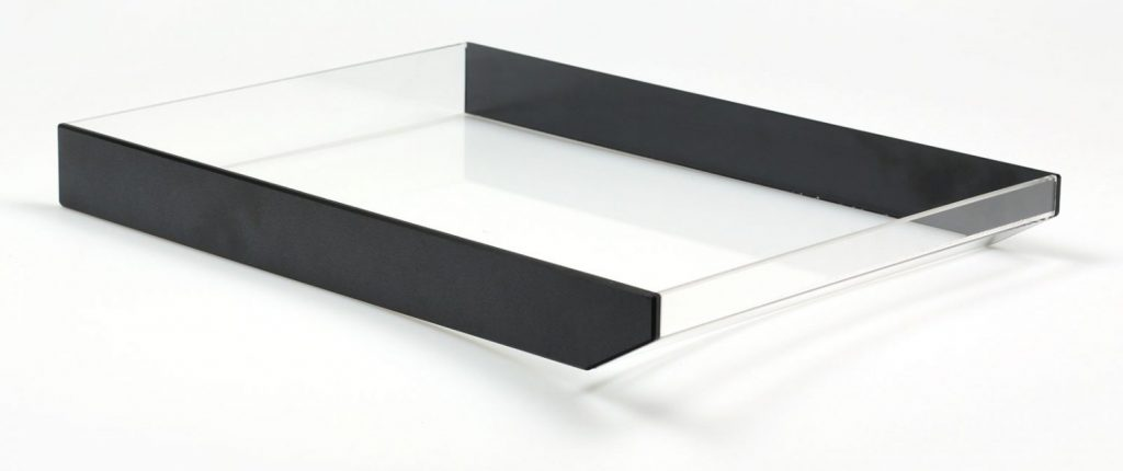 mentec-Acrylglas-Ablagefach-1-1500x630